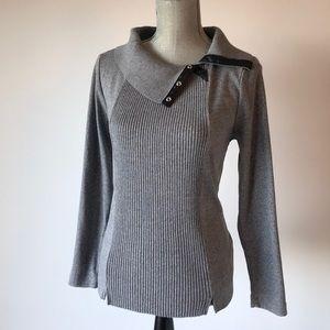 Scoopneck sweater